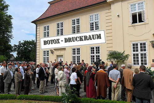 Eröffnung des 1. Botox-Druckraums in Deutschland