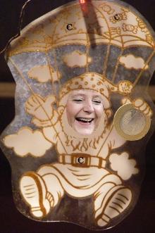 Euro-Rettungsschirm: Merkel bringt Griechenland Geschenke - Bundesverfassungsgericht: Euro-Hilfe ist legal