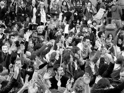 London occupy Crowd von xpgomes8