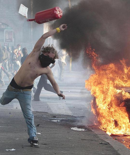 Rom - Occupy - die Eskalation 1 - von Il Fatto Quotidiano