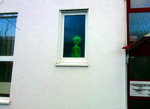 Aliens im Januar 2012 - Sie sind unter uns!