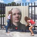 Bild: Die beiden Schwedinnen vor den Vergewaltigungen durch Assange?