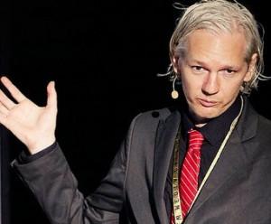 Julian Assange - Das Ende der Fußfessel?