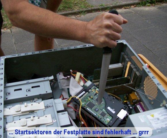 ... Startsektoren der Festplatte sind fehlerhaft ... Mord an einer Festplatte ...