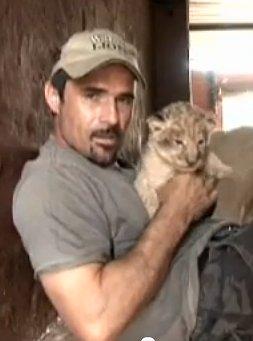 Kevin Richardson, der Löwenflüsterer