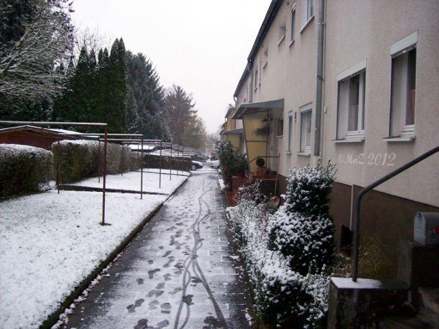 Positiv gedacht: Erster Schnee in Frankfurt ist nicht bei allen Menschen beliebt, bei mir schon.