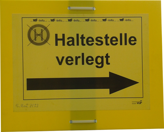 Bild: Schilder-Bilder: Wohin haben die nur die Haltestelle verlegt?