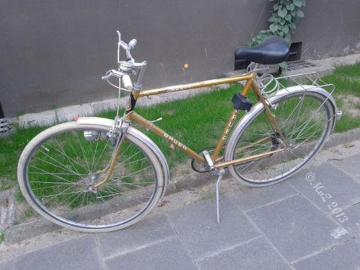 Bild: Das alte Bauer taugt nicht mehr zum Einkaufen mit dem Fahrrad.