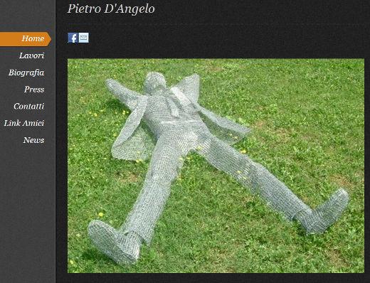 Bild: Der italienische Künstler Pietro D'Angelo zeigt die wohl aufwändigsten Skulpturen aus Büroklammern